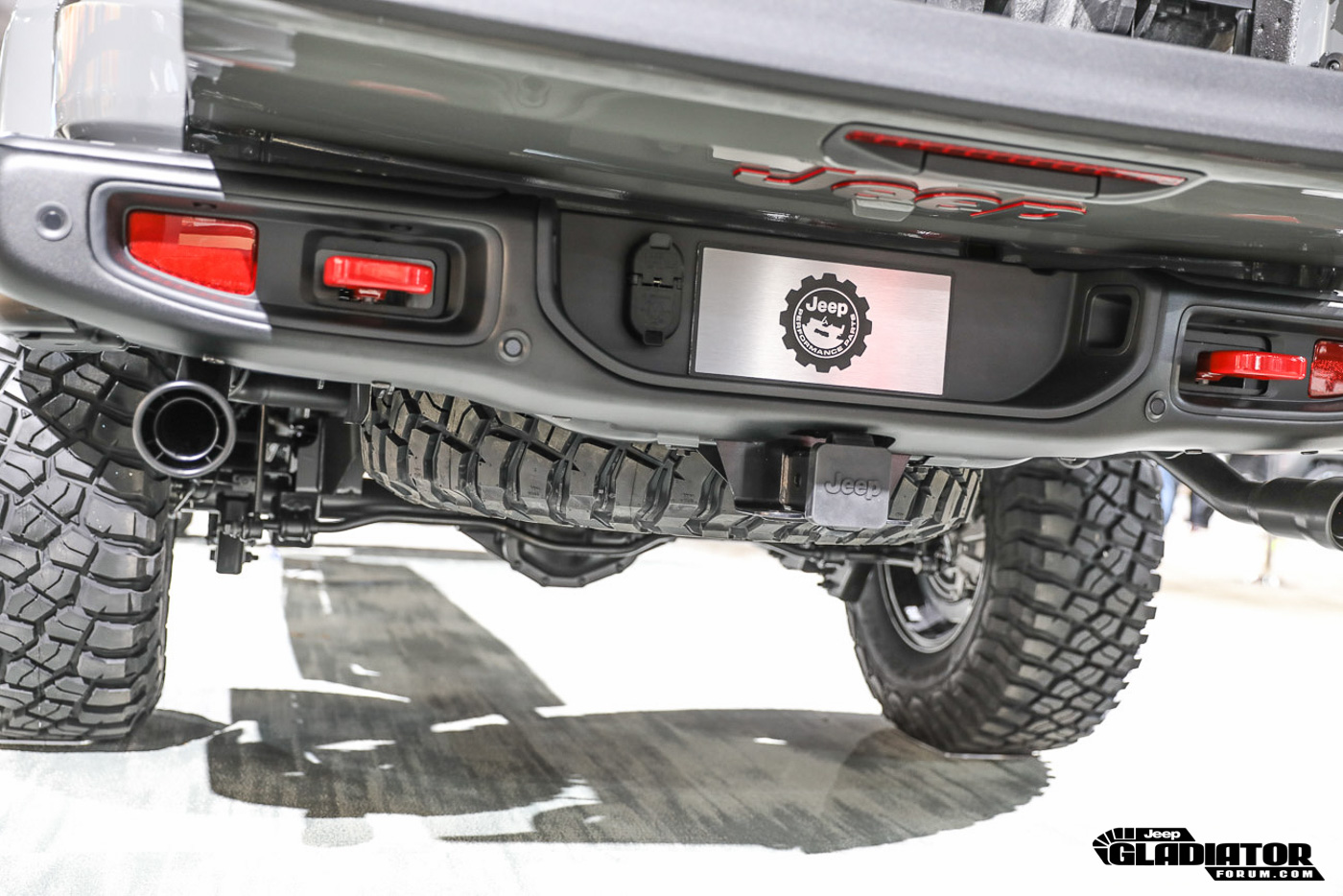 Underside / chassis photos of Jeep Gladiator   Jeep ...