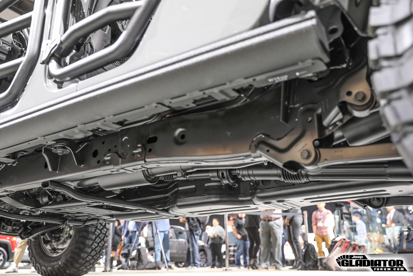 Underside / chassis photos of Jeep Gladiator | Jeep ...
