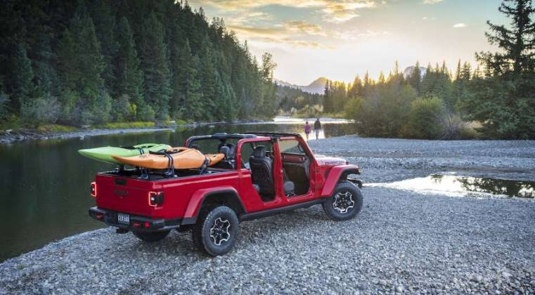 2020-Jeep-Gladiator-Pickup-Truck-Release-Review.jpg