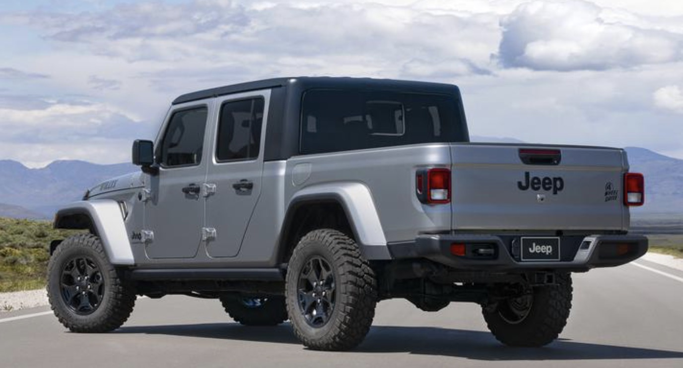 2021 Jeep Gladiator Willys 3.jpg