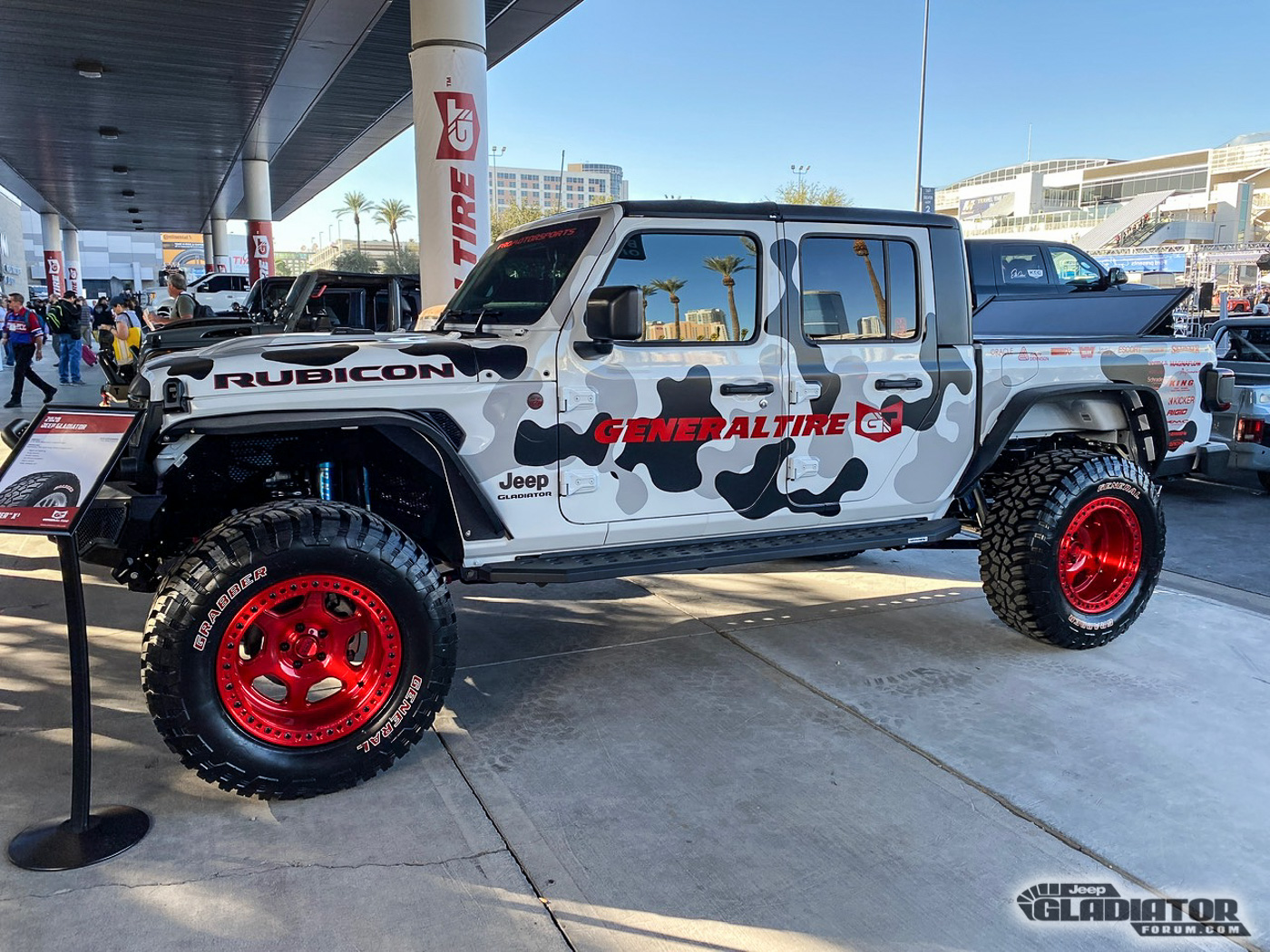 Pro-Motorsports-Supercharged-JT-Jeep-Gladiator-SEMA-Build--9.jpg