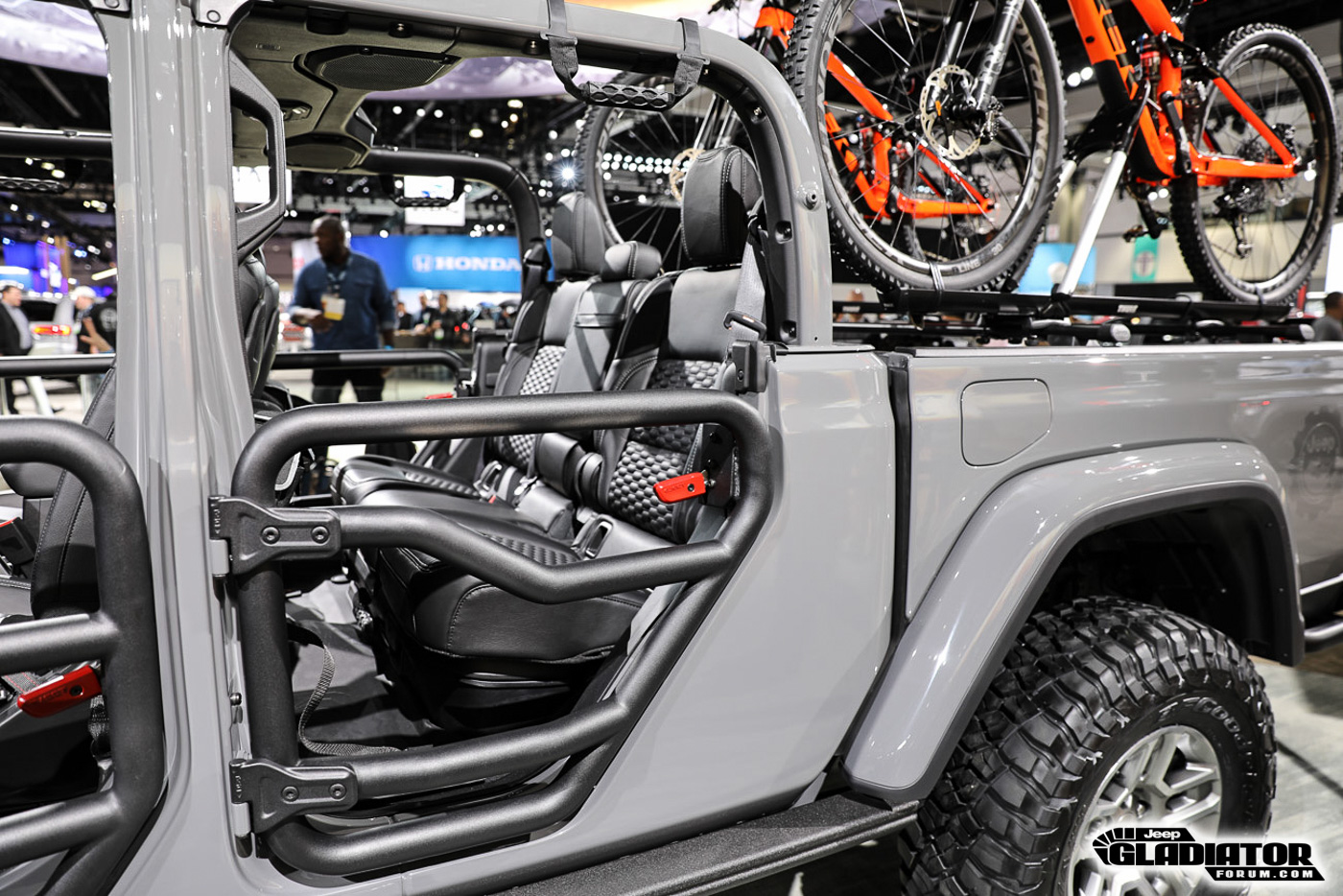 Sting-Gray--Jeep-Gladiator-JT-Pickup-Truck-Mopar-Accessories-LA-Auto-Show-42.jpg