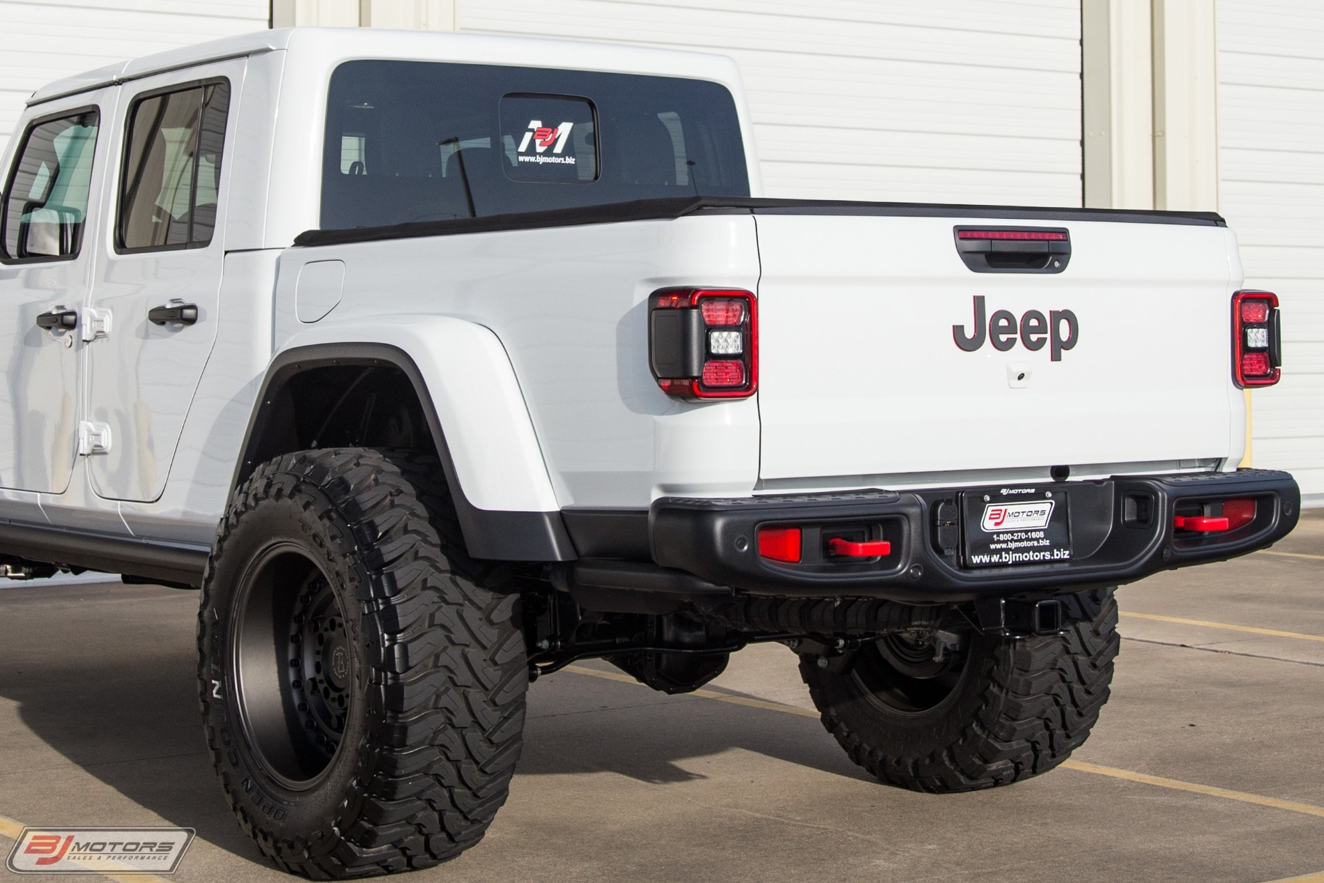 Used-2020-Jeep-Gladiator-Rubicon-Signature-Series-I.jpg