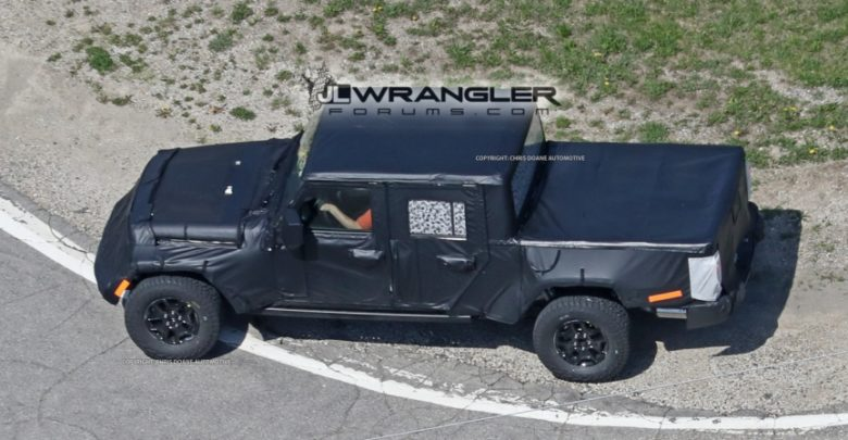 Jeep Pickup Jt Spied With Production Intent Bed 2020 Jeep