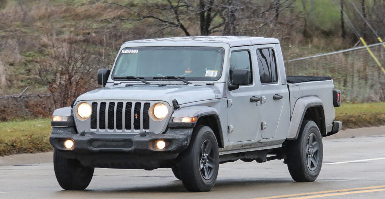 2020 Jeep Gladiator Testing In Black Overland And Billet Silver