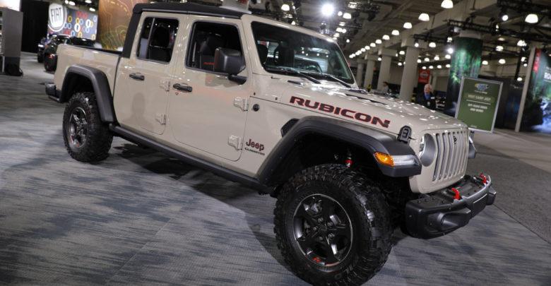 2020 Jeep Gladiator Gobi Clear Coat
